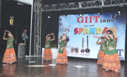 Traditional folk dance at Spandan 2015